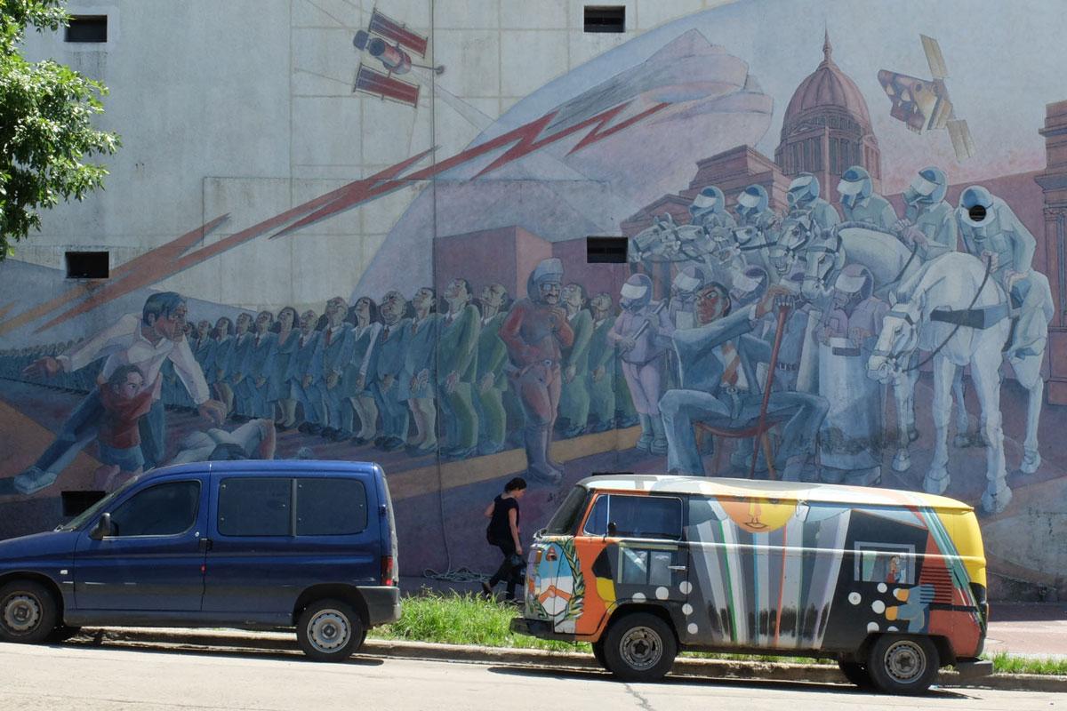 Mural San Telmo totalitarisme