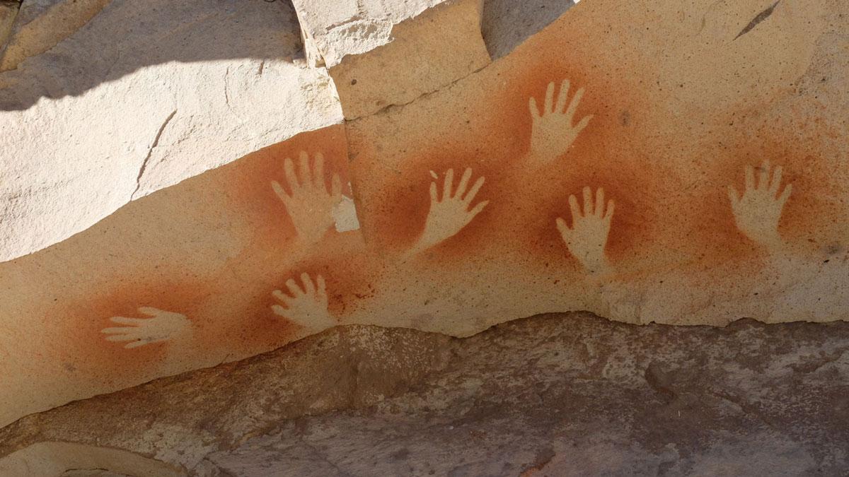 Argentina Cueva de las manos pintura rupestre mano