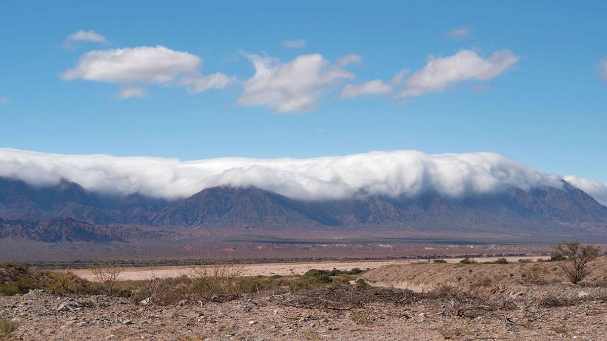 Salta Argentina Ruta 40 montagne nuages