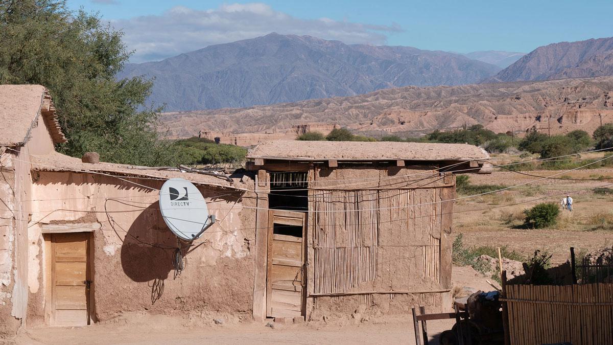 San Martin Salta Argentina maison adobe satellite