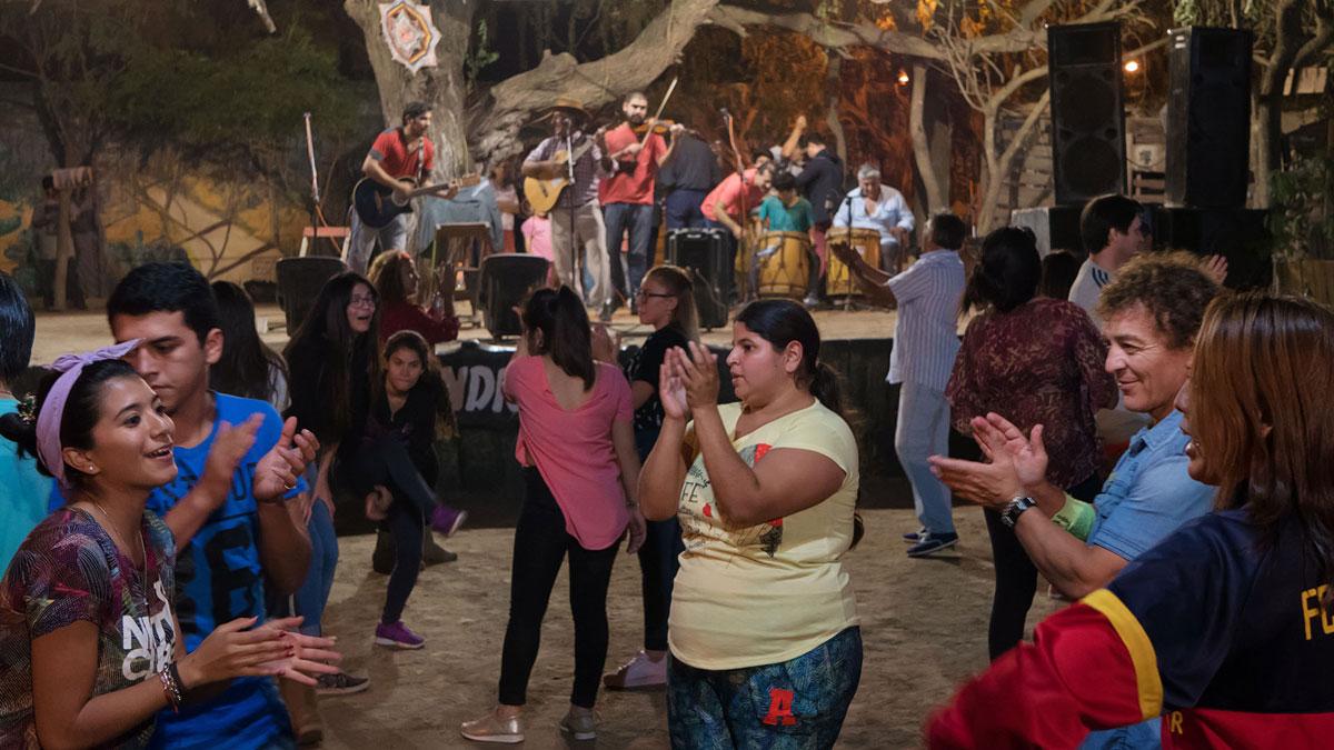Santiago del Estero Patio Indio Froilan danseurs chacarera