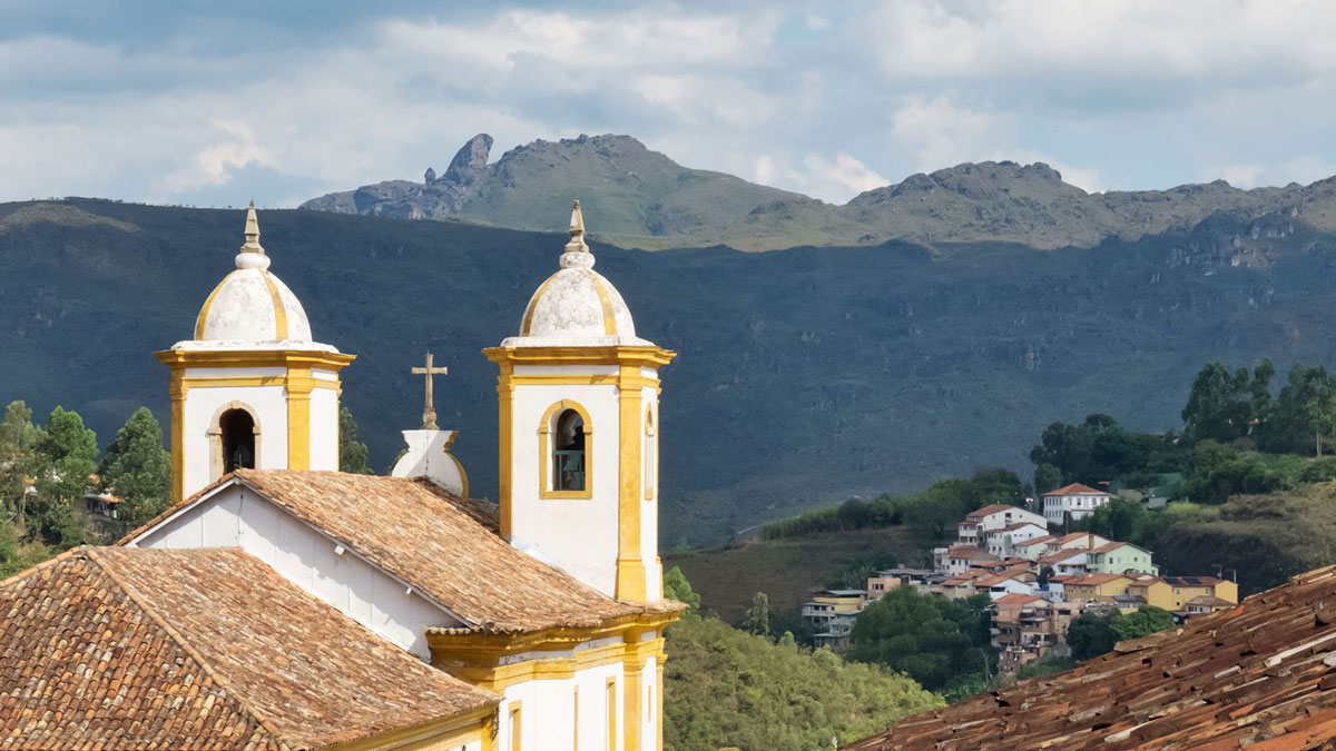 Ouro Preto Eglise Nossa Senhora das Mercês e Perdões Pico Itacolomi