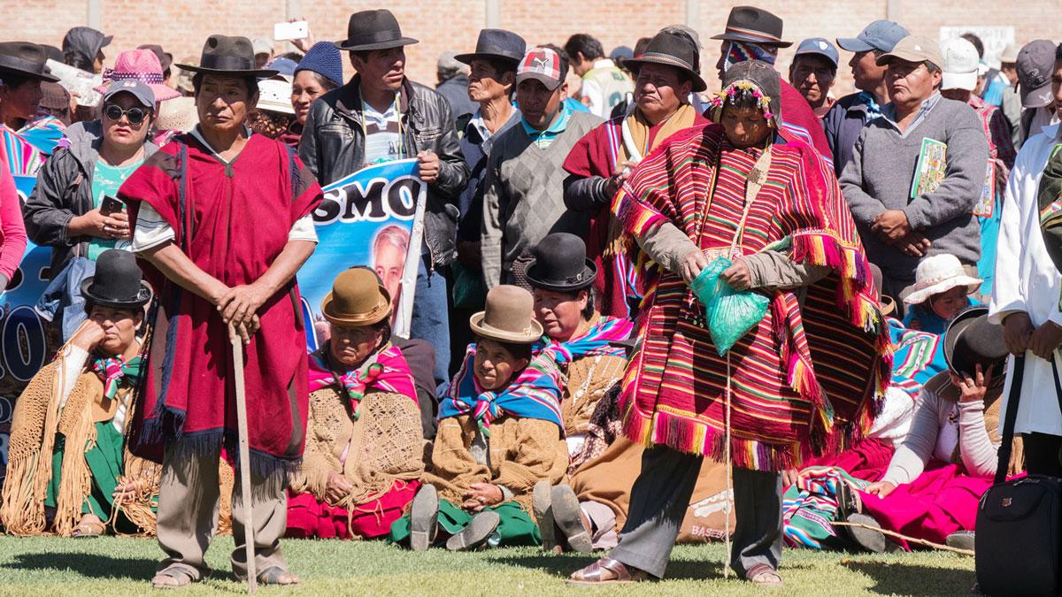 Bolivie Tarabuco dia revolución agraria public cholitas evo morales