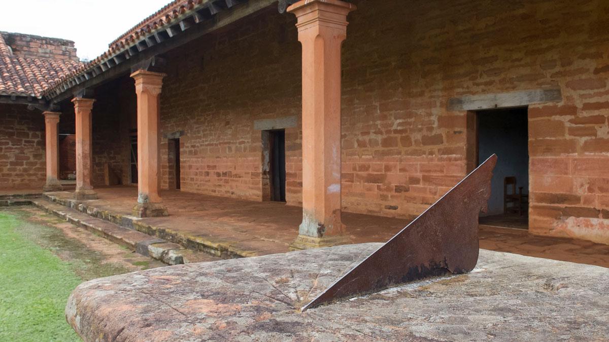 Mission jésuite guarani San Cosme y Damián cadran solaire