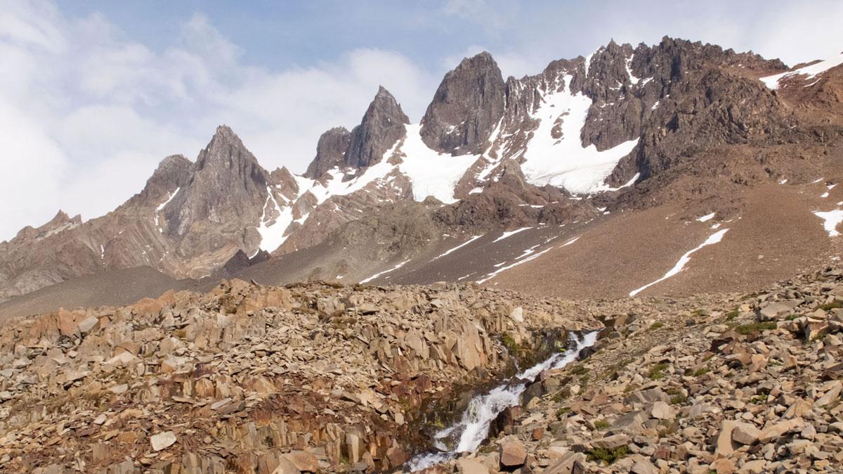 Torres del Paine montagne roches