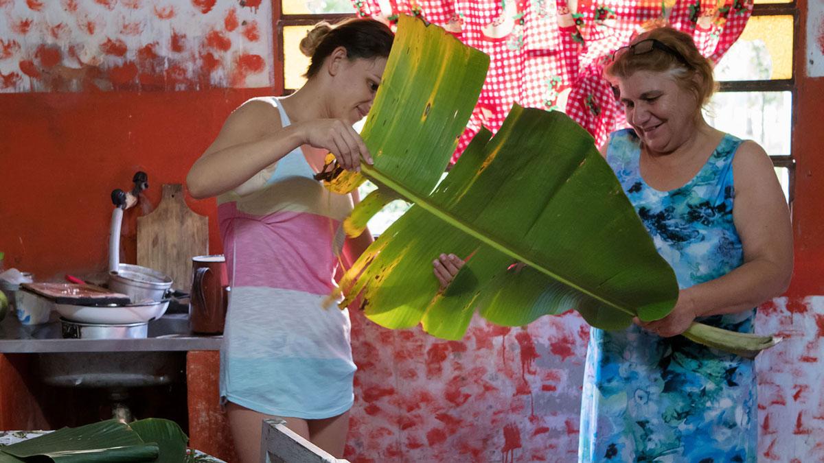 Paraguay gastronomie cuisine découpage feuille palmier