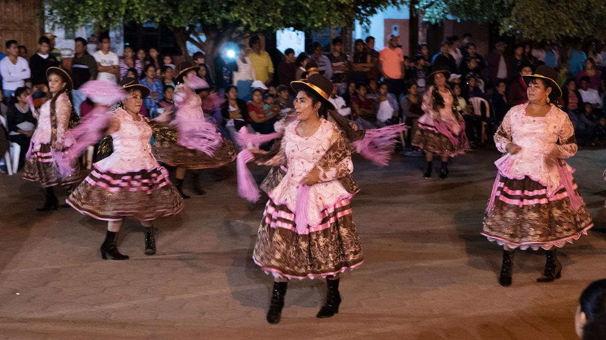 Bolivie Cholitas Fête de l'Urkupiña