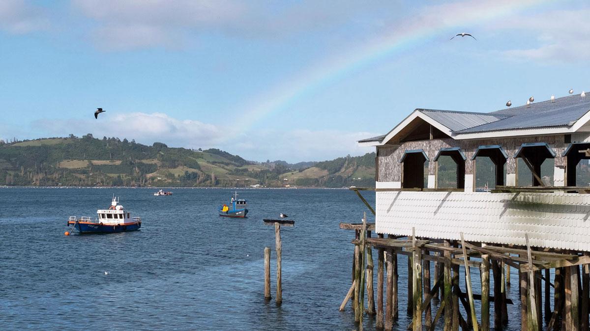 Chiloé maison pilotis port Castro